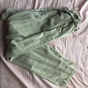 H&M HIGH WAISTED PAPERBAG PANTS